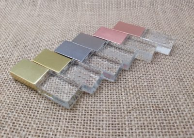 Crystal USB flash drives with metal lid